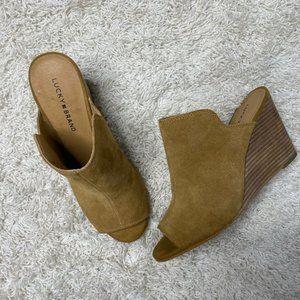 Lucky Brand Reygan Wedge Leather Sandal in Cognac